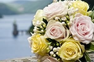 wedding flowers at lake vyrnwy hotel