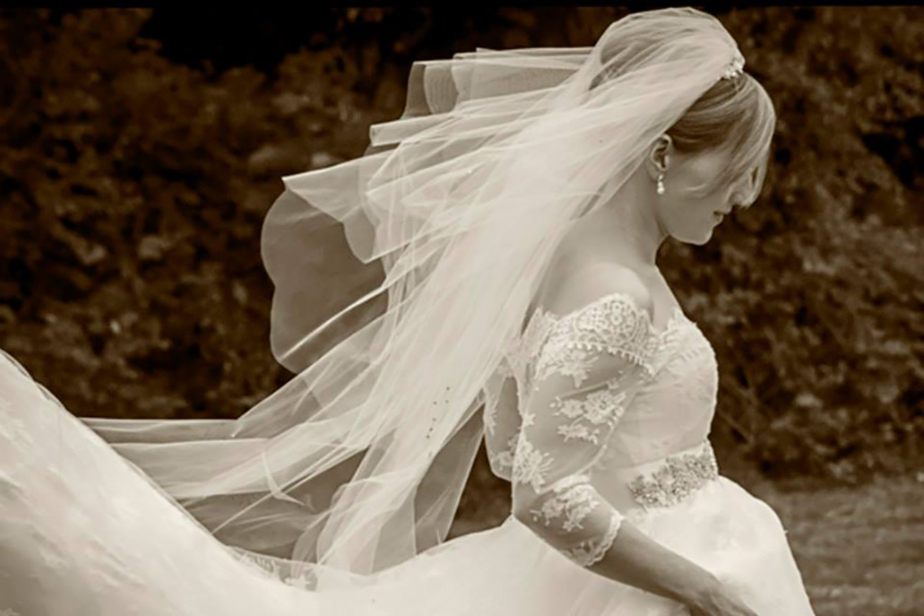bride in her gorgeous dress